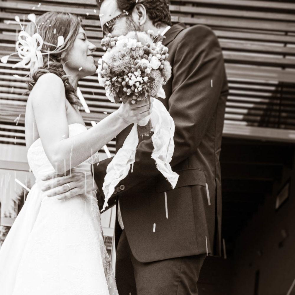 valentina esposito fotoreporter matrimoni sposi riso uscita sala comunale