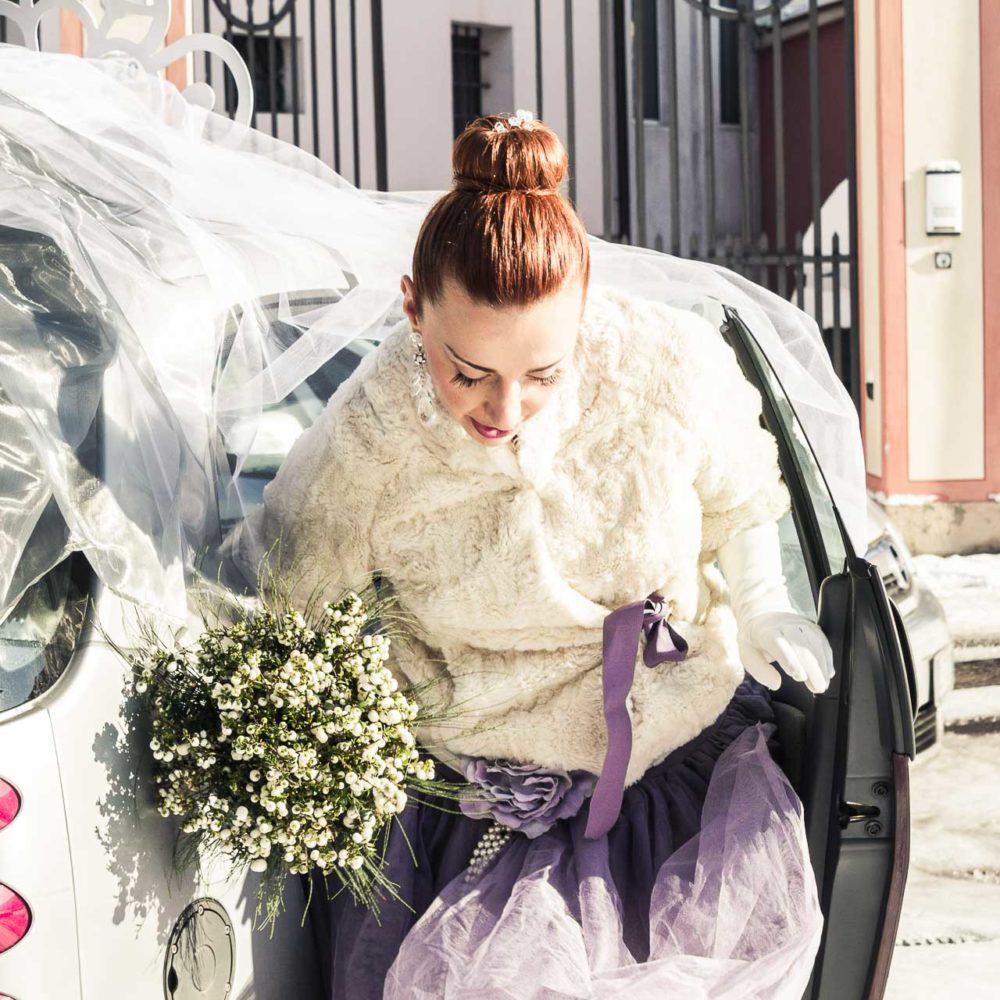 valentina esposito fotoreporter matrimonio inverno sposa che esce dall'auto