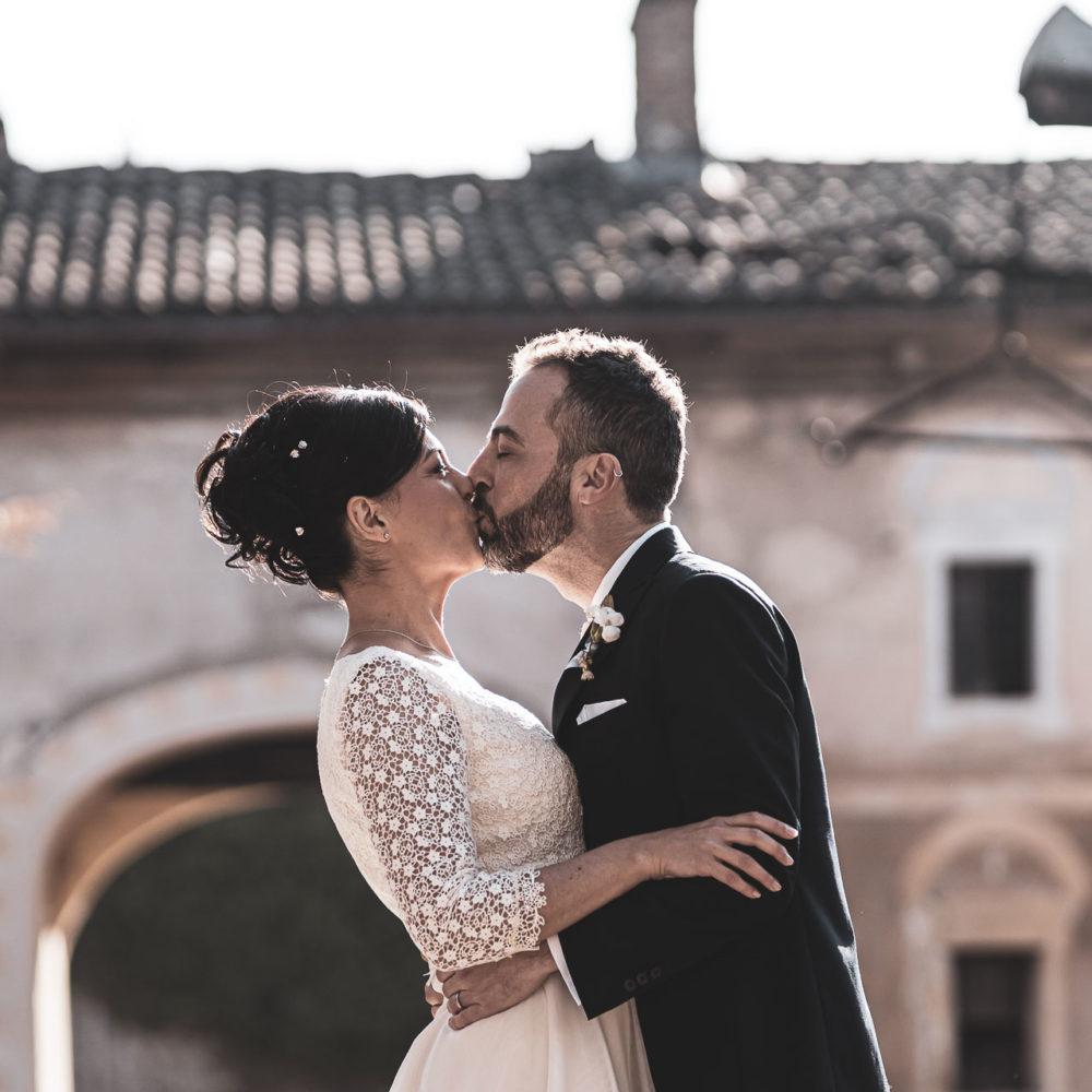 valentina esposito fotoreporter matrimonio autunno bacio sposi