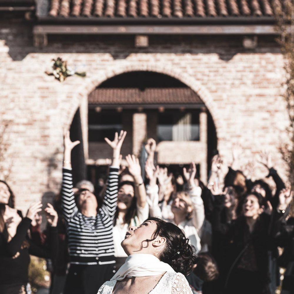 valentina esposito fotoreporter matrimonio autunno lancio bouquet
